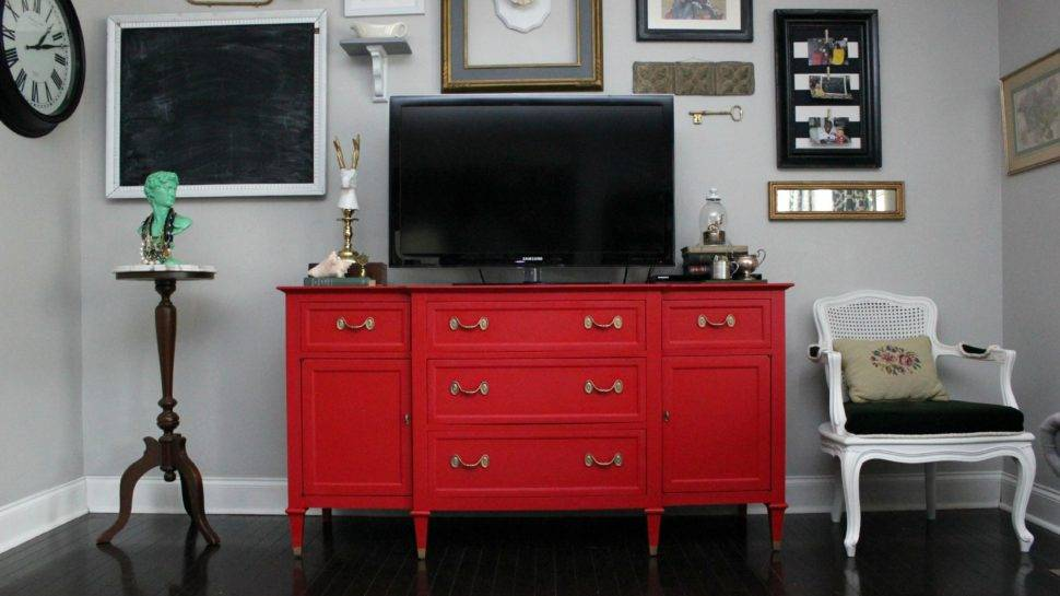 The Diy Designer How To Keep Paint From Ling Or Scratching Off Your Newly Painted Furniture