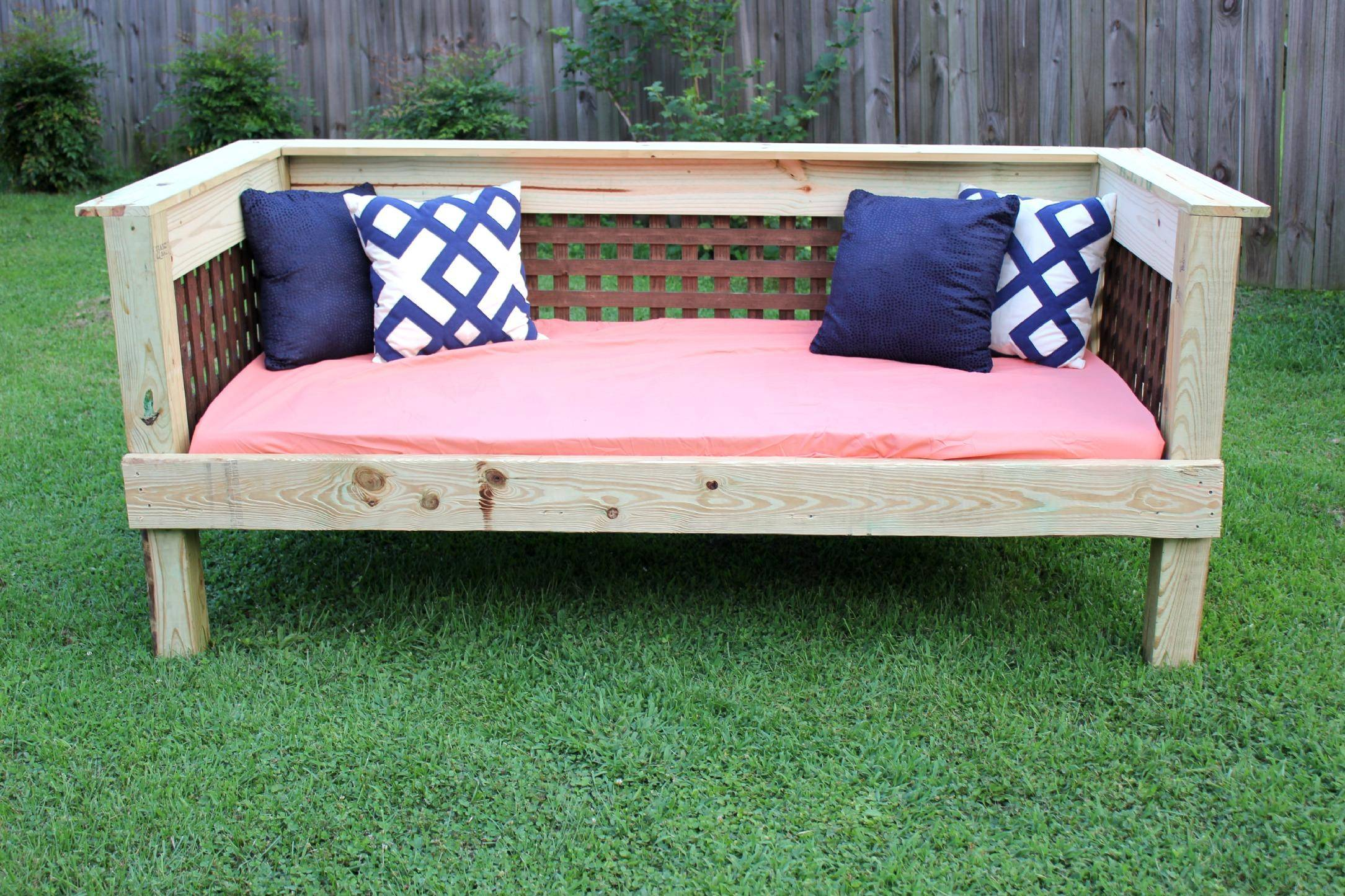 The diy designer outdoor daybed noogatoday